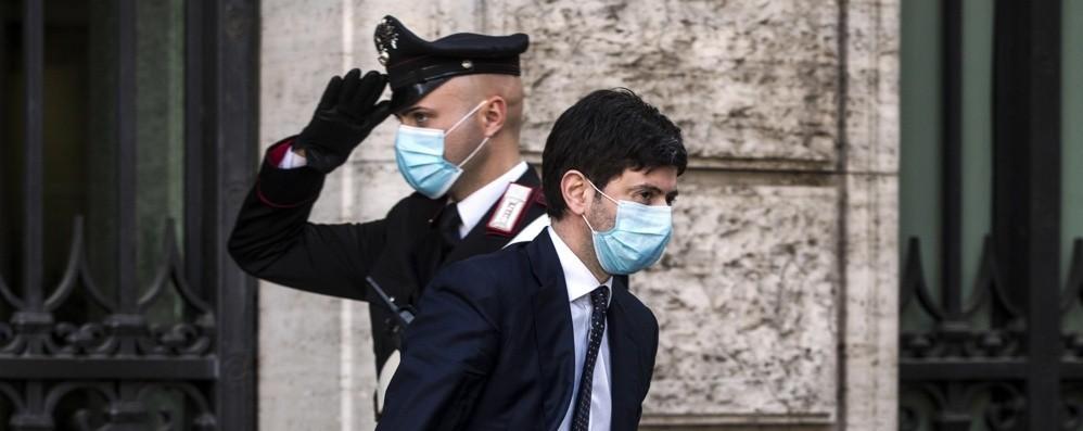 Italia, accordo per il vaccino di Oxford  Le prime dosi entro la fine dell'anno