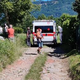 Olgiate, bimba cade dalla bicicletta   Sbatte la testa, trasportata in elicottero