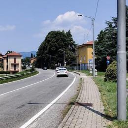 Merate, Rumori per il traffico in  via Statale  In arrivo  il primo asfalto fonoassorbente