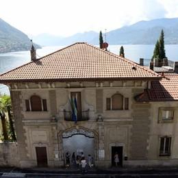 Varenna, Villa Monastero   i conti sono in rosso