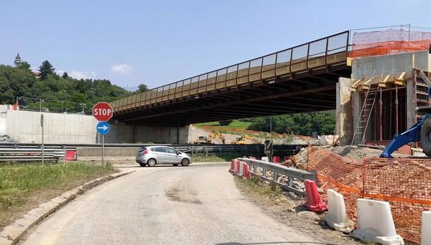 Civate, ponte senza i sensori e la pesa  «Sarà vietato il transito ai mezzi pesanti»