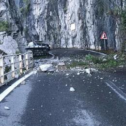 Frana sulla Onno -Valbrona   Riaperta la strada