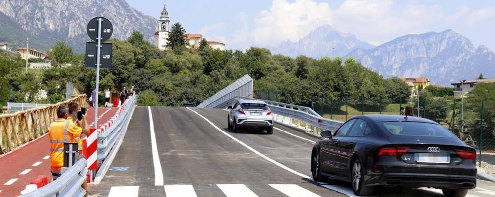 Aperto il ponte di Isella sulla Super   Ora Civate è di nuovo collegata