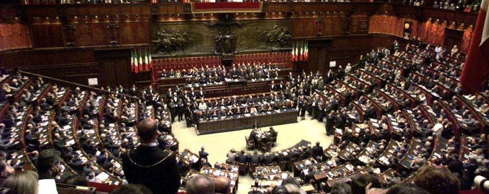 """I politici """"furbetti"""" del Covid  Sarebbero 3 i deputati"""