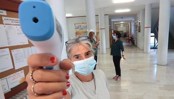 Coronavirus, i dati:  10 positivi a Como, 4 a Lecco e 3 a Sondrio