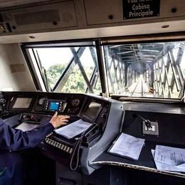 File sul ponte di Paderno, sala la protesta  Rfi possibilista: «Auto e treni insieme»