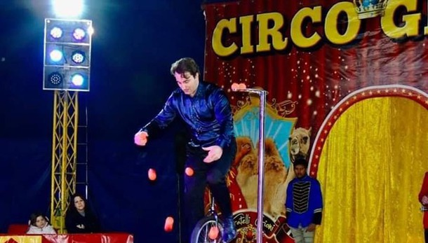 Circo, show in streaming  «Ci servono 50 mila euro»