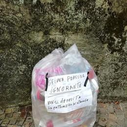 Furbetti dei rifiuti  Calolzio, 5 multe