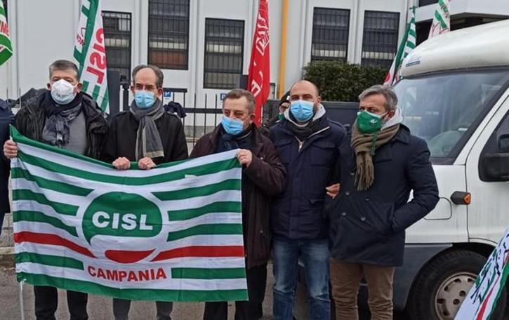 Lecco. Voss: torna a crescere la tensione   Proclamati cinque giorni di sciopero