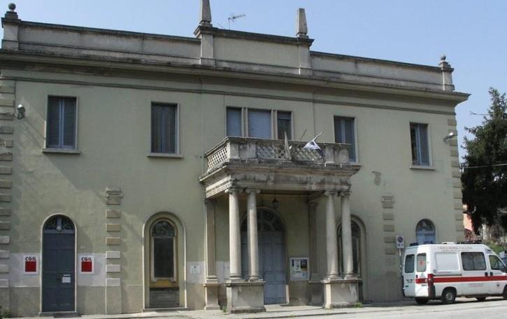 Barzanò, nell'ex Casa del Fascio il cinema  Il sindaco Aldeghi prepara la sua eredità