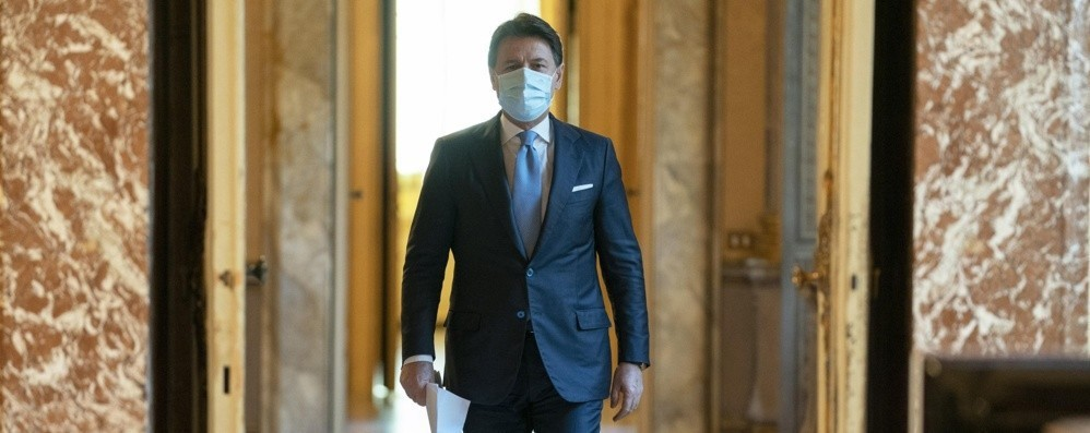 Governo: Conte si dimette  Per poter ritornare