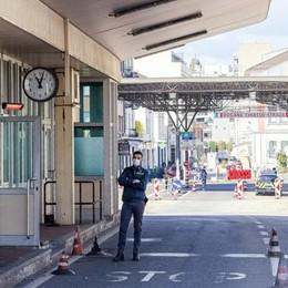Stop agli svizzeri in Italia  Oltreconfine +11%  per i supermercati