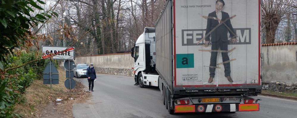 Camion in panne, riaperta la strada  che collega Garlate a Galbiate