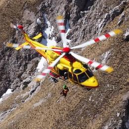 Scivola sulla Grignetta  Recuperato con l'elicottero