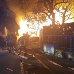 Galbiate, incendio nella notte  Due persone intossicate