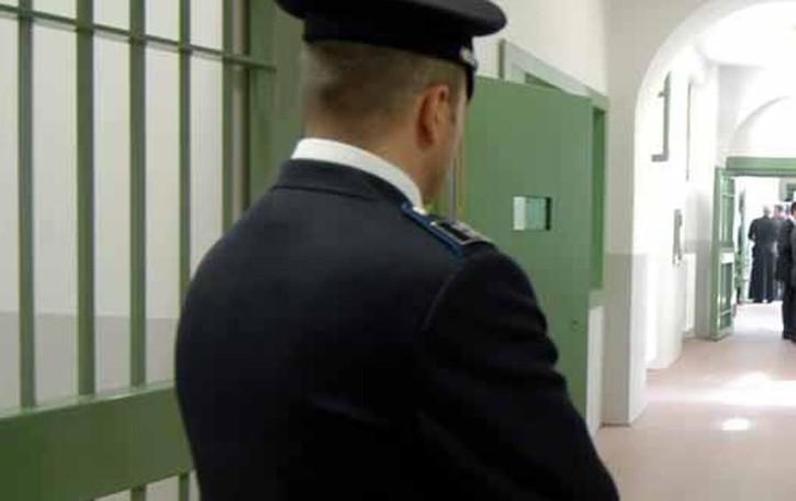 Il detenuto con il cancro  verso gli arresti domiciliari