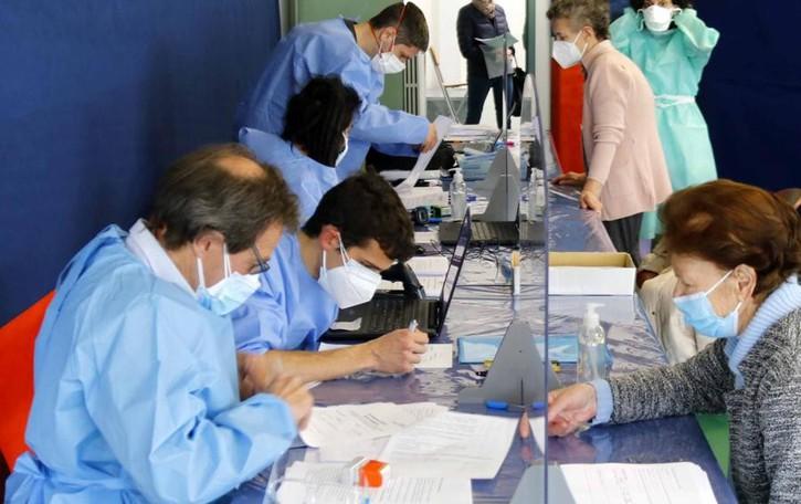 Mandello, A Pra' Magno vaccini  per 25 mila persone