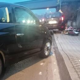 Scontro tra auto e un'enduro  Ferito un ragazzo a Galbiate