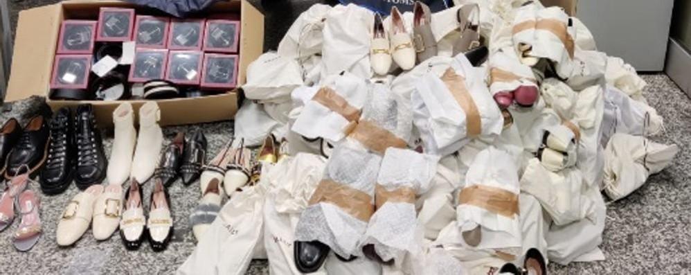 Brogeda, sequestro di scarpe e borse Nei guai due cittadine cinesi