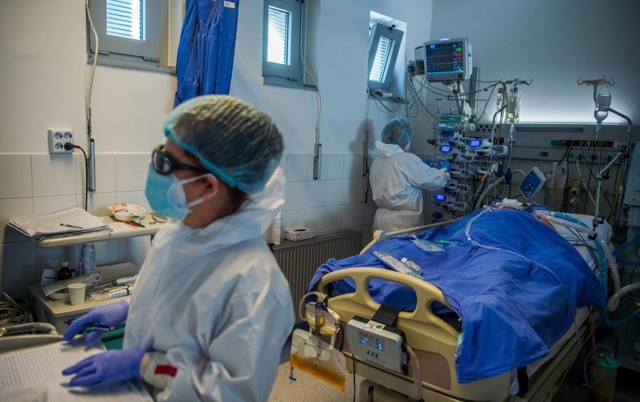Coronavirus: in Italia 17.567 positivi e 344 morti, a Como 276 nuovi casi 99 a Lecco e 56 a Sondrio