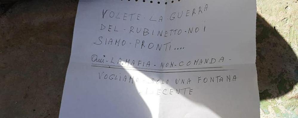 Premana: insulti, minacce e vandalismi  nella fontana di Creghencighe