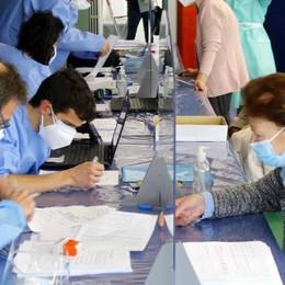 Vaccini a Mandello, la protesta impazza  «Lasciateci il centro»