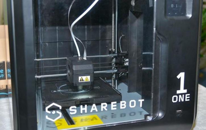Lecco. Una stampante a metallo   È progettata per la ricerca