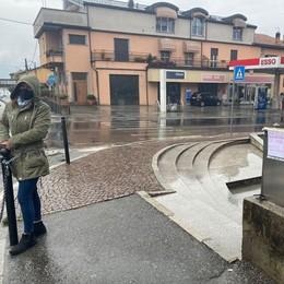 Barista incatenata a Colico  L'ennesima multa ha il sapore della beffa