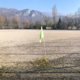 Dall'erba sintetica fino alla tribuna  Così cambia il centro sportivo di Brivio
