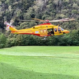 Bimbo si ferisce sul sentiero  Soccorso con l'elicottero