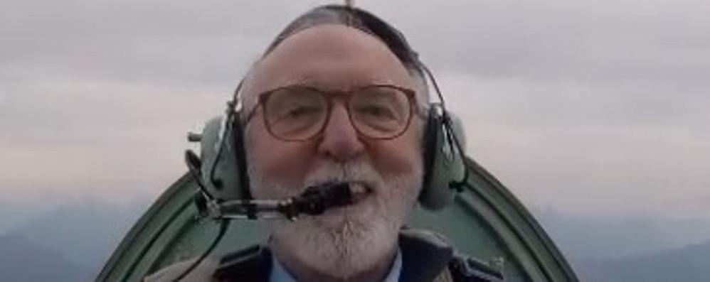 Erba, muore in aereo l'editore Gavazzi  Ha evitato l'impatto con un condominio