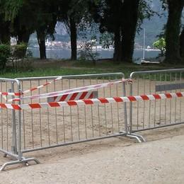 Mandello, spiagge, detto fatto  Arrivano le barriere contro i maleducat