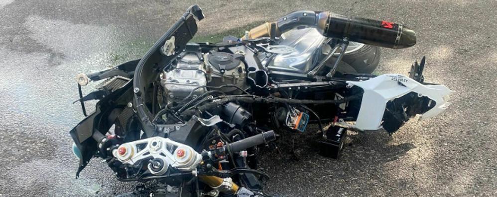 Schianto con un furgone a Biassono  Motociclista di Garbagnate in rianimazione
