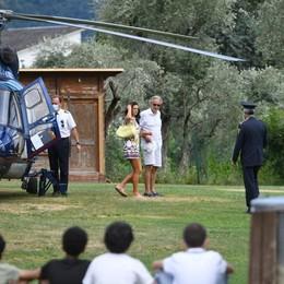 Tremezzina, Bocelli arriva in elicottero  Canterà alle nozze Vip  in Villa Balbiano