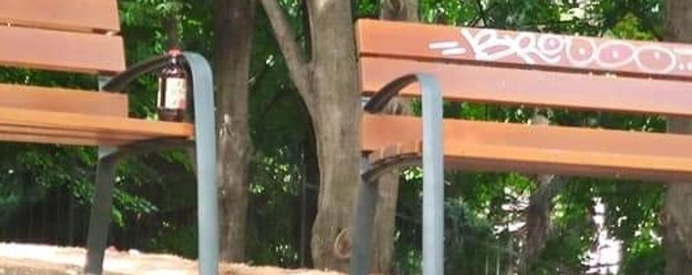 Malgrate. Vandalismi in via Gaggio  «Troppi incivili, servono le telecamere»