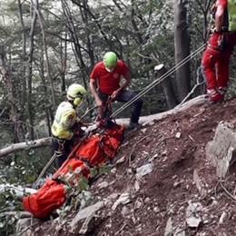 Casargo, cerca funghi e cade  Salvato dal soccorso alpino