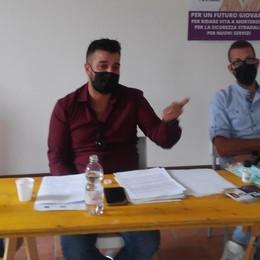«Se sarò eletto abiterò a Morterone»  Il candidato gay lancia la sfida al paese