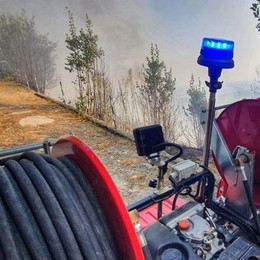Montevecchia, Incendio sulla collina, l'allarme dei residenti